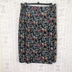 4/$30 Alfred Dunner Pleated Flower Print S…